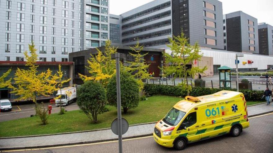Valdecilla hace el primer trasplante pulmonar del país en el estado de alarma