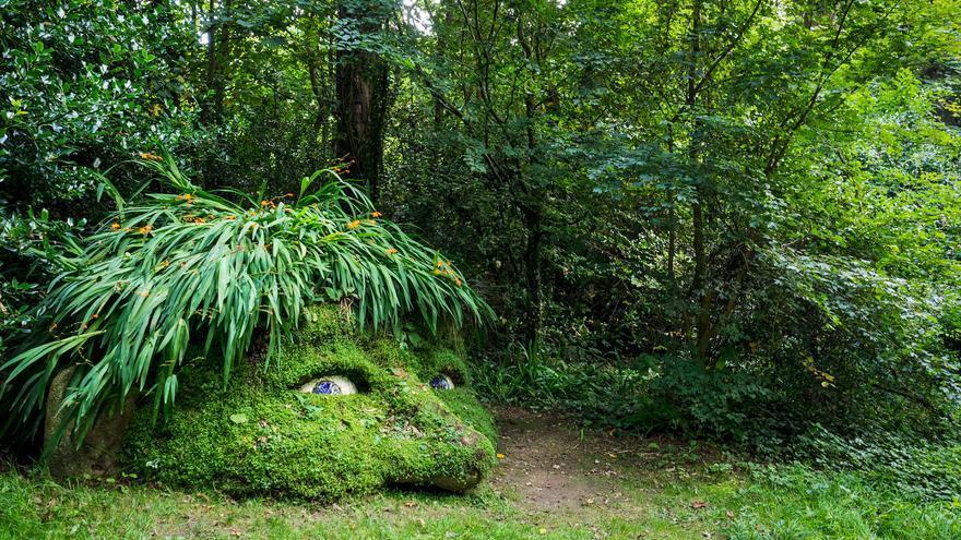 Escultura vegetal en el Jardín Perdido de Heligan. Dumphasizer