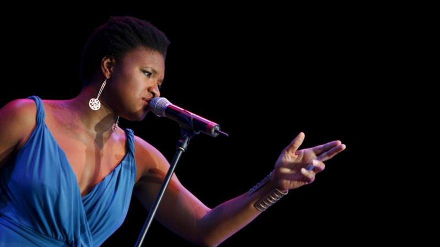 La cantautora de jazz estadounidense, Lizz Wright.