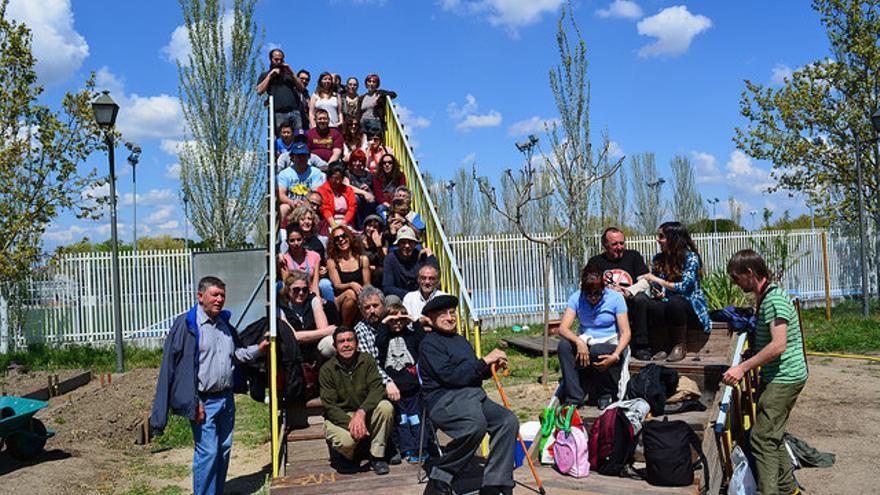El huerto urbano de Plata y Castañar el día de la inauguración de la V de Villaverde. / Intermediae