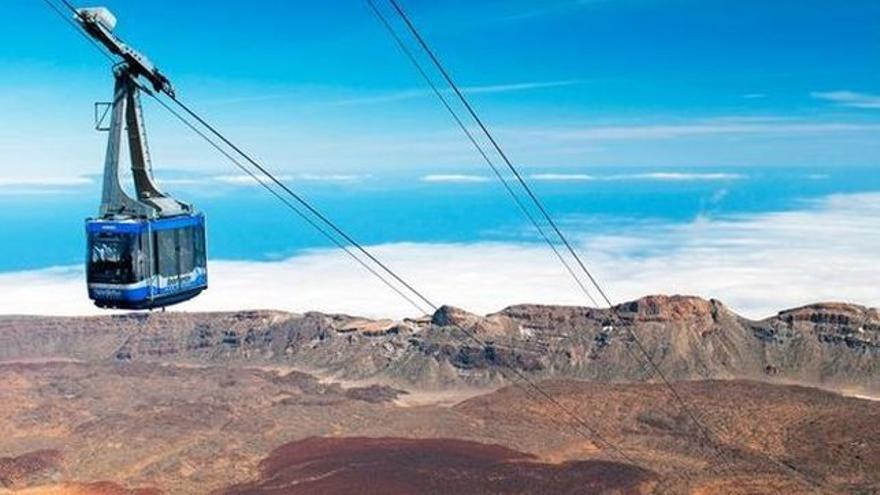 Una de las dos cabinas para el transporte de personas de Teleférico del Teide