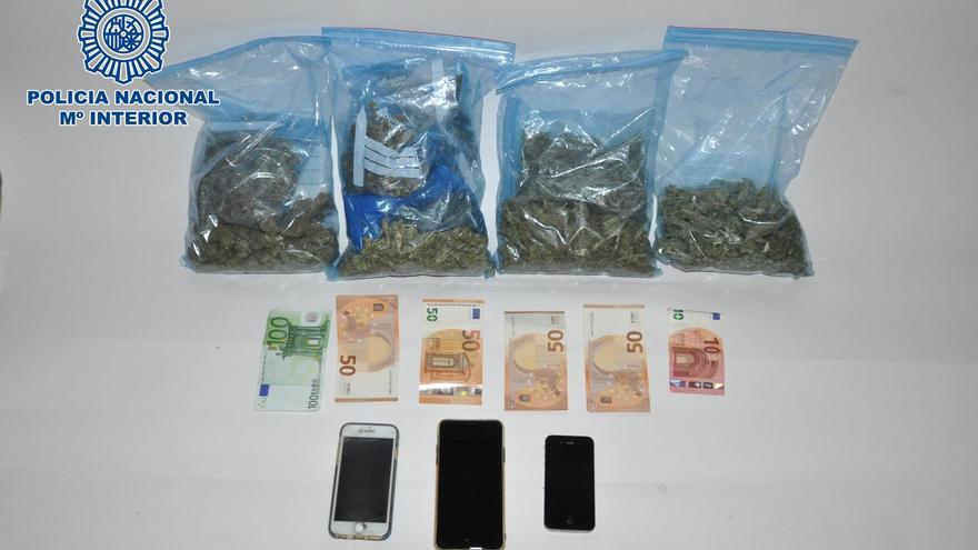 Detenidos dos hombres en Tenerife con más de medio kilo de marihuana detectado por el fuerte olor que desprendía su coche