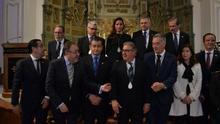 El maratón cofrade de tres ministros de Mariano Rajoy en Málaga: medallas, salida de tronos y un indulto