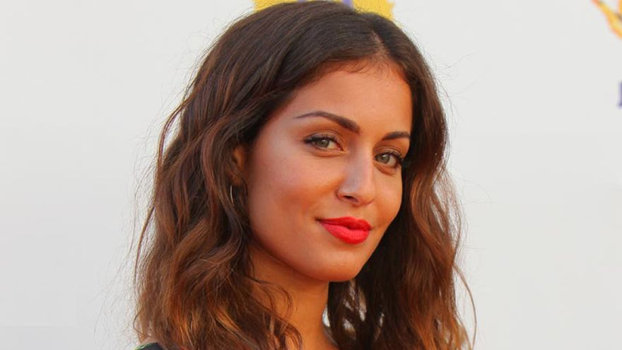 Hiba Abouk relata la discriminación racial que sufrió en sus primeros castings