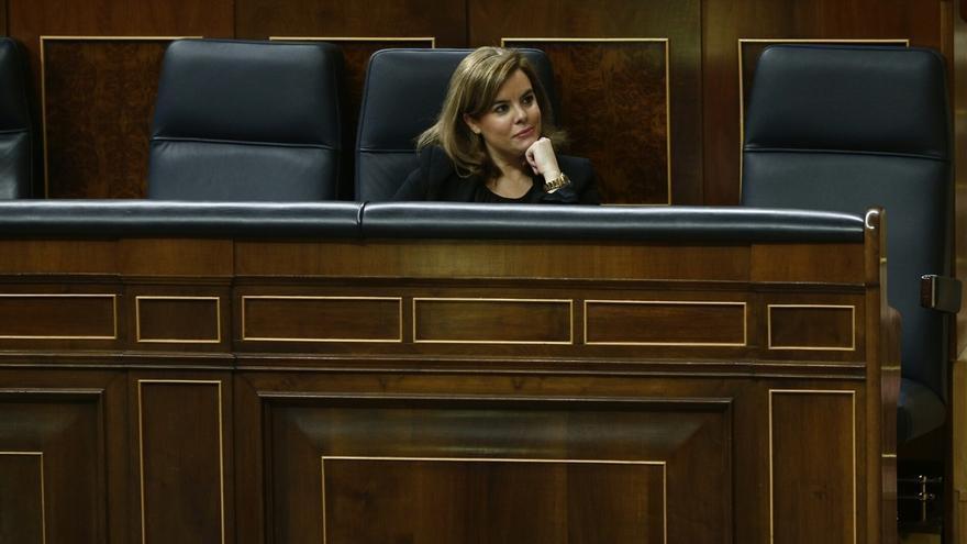 """El Gobierno presume de recortar asesores de Rajoy y el PSOE censura que tenga 247 para sentarse a ver """"cómo arde Roma"""""""