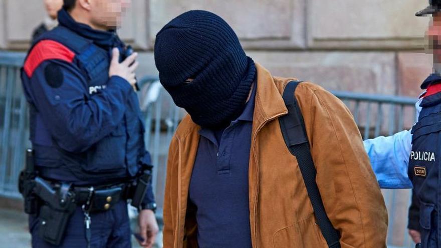 La Fiscalía pide enviar a prisión al profesor de Maristas condenado por abusos