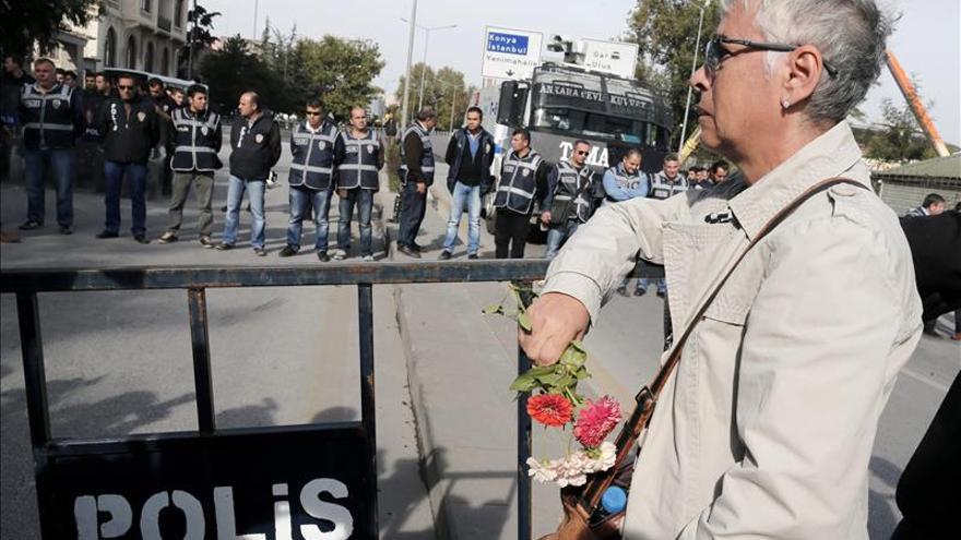 La oposición prokurda de Turquía cifra en 128 los muertos del atentado