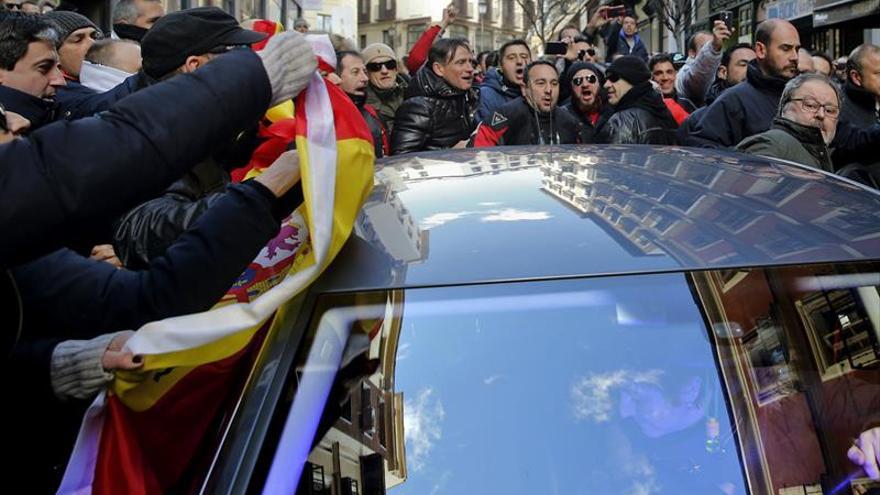 PP, PSOE-M y C's condenan la agresión a Barbero por policías municipales