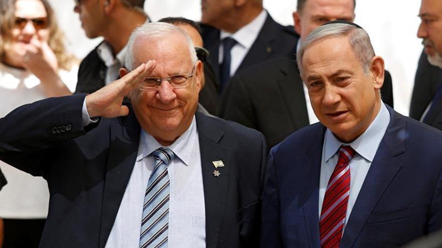 Rivlin asegura que Israel quiere retomar las negociaciones con los palestinos