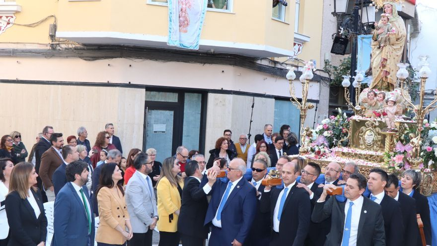 López Miras asiste al acto de concesión del título de 'Alcaldesa Perpetua de Archena' a la Virgen de la Salud