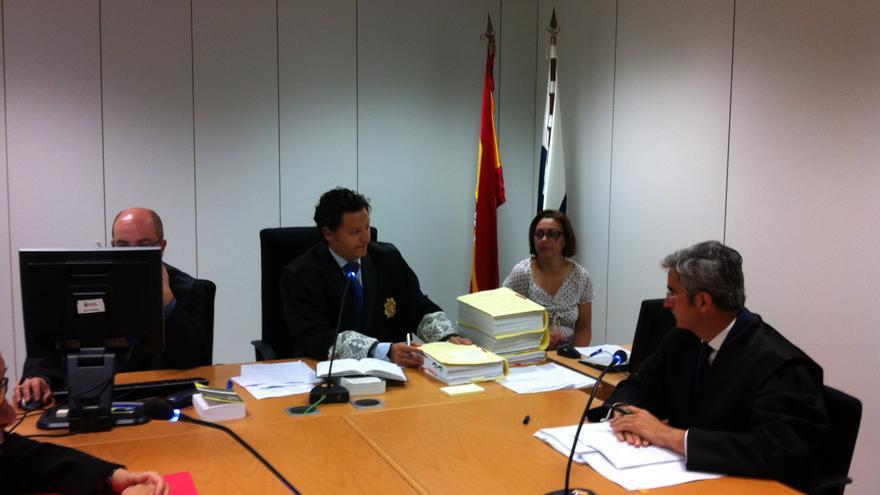 Carlos Martínez-Uceda Calatrava, juez del Mercantil 2 de Las Palmas de Gran Canaria, en audiencia previa de demandas contra Mapfre por el accidente mortal del JK5022 de Spanair.