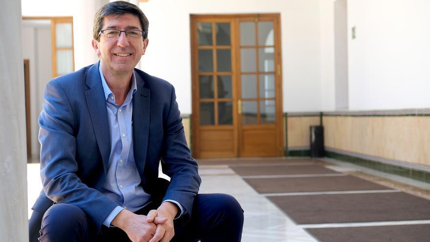 Juan Marín, en los pasillos del Parlamento andaluz, tras la entrevista con eldiario.es/andalucia