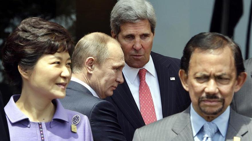 Kerry llega a Sochi para reunirse con Putin