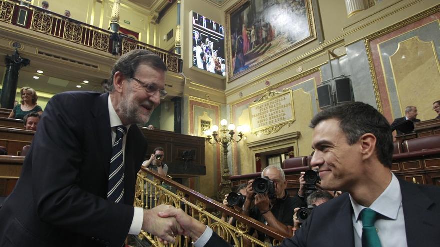 """Rajoy exige a Sánchez menos """"eslóganes"""" y más seriedad al hablar de reforma constitucional"""
