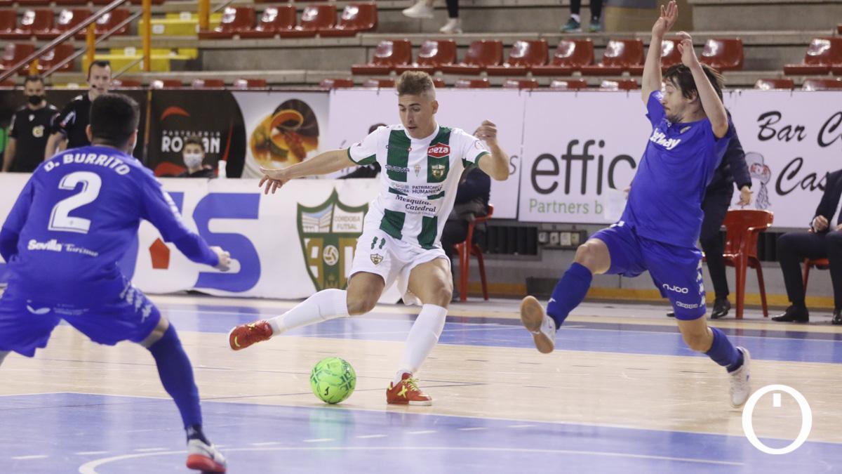 Koseky, en el duelo con el Real Betis.