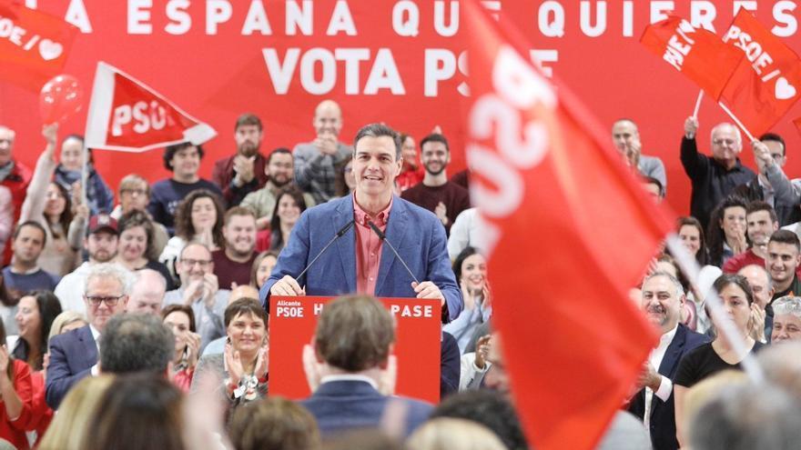 Pedro Sánchez interviene en el acto central del PSOE Alicante