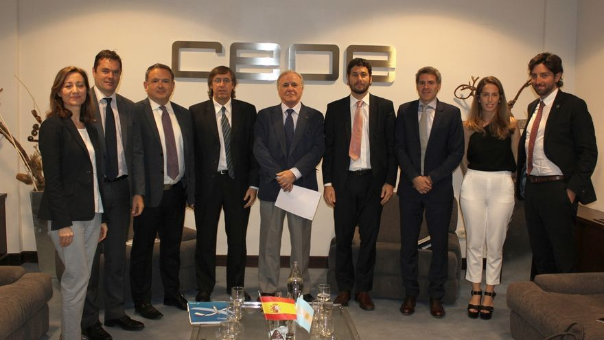 Autoridades argentinas presentan oportunidades en obras públicas para las empresas españolas en el país