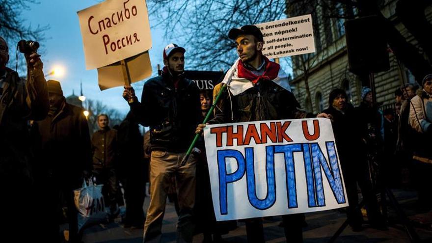 """Putin ve una """"significativa reducción"""" de la violencia en el Este de Ucrania"""