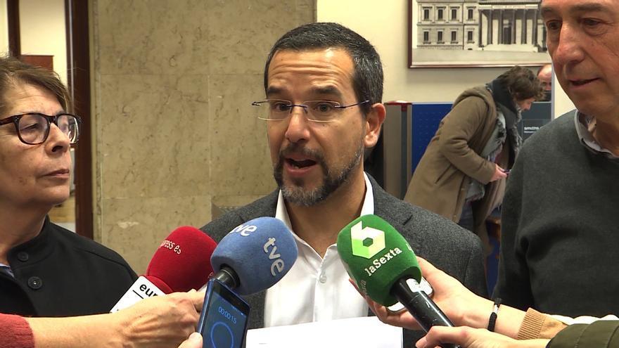 El primer secretario de Organización de Podemos anima a Adelante Andalucía a desmarcarse de Iglesias y ser como En Comú