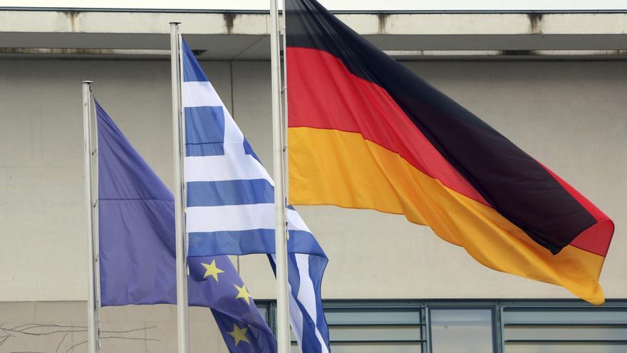 Sturnaras se reunirá con Schäuble antes de recibir a la troika