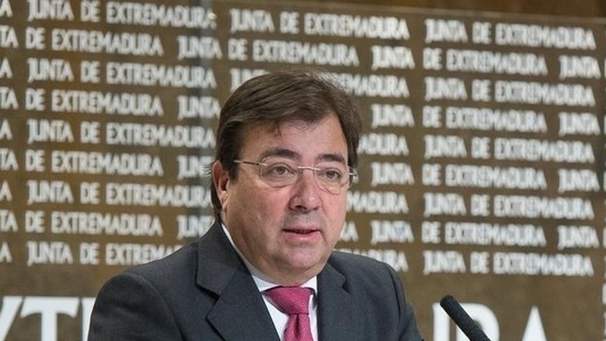 """Vara dice sobre una posible moción de censura que Badajoz """"necesita"""" una mayoría """"estable"""" que """"ahora no se da"""""""