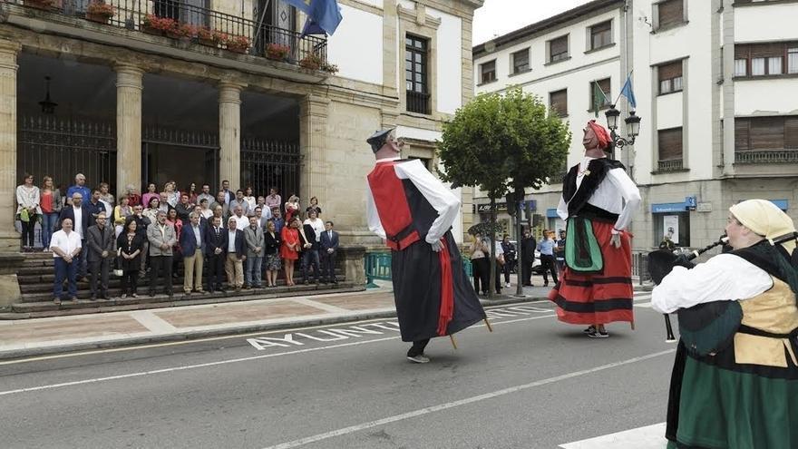 Cantabria ensalza el pasado histórico y simbólico que la une a Asturias