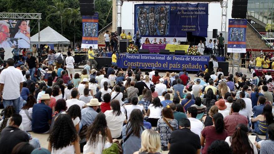 El Festival de Poesía de Medellín aboga por la consolidación de la paz