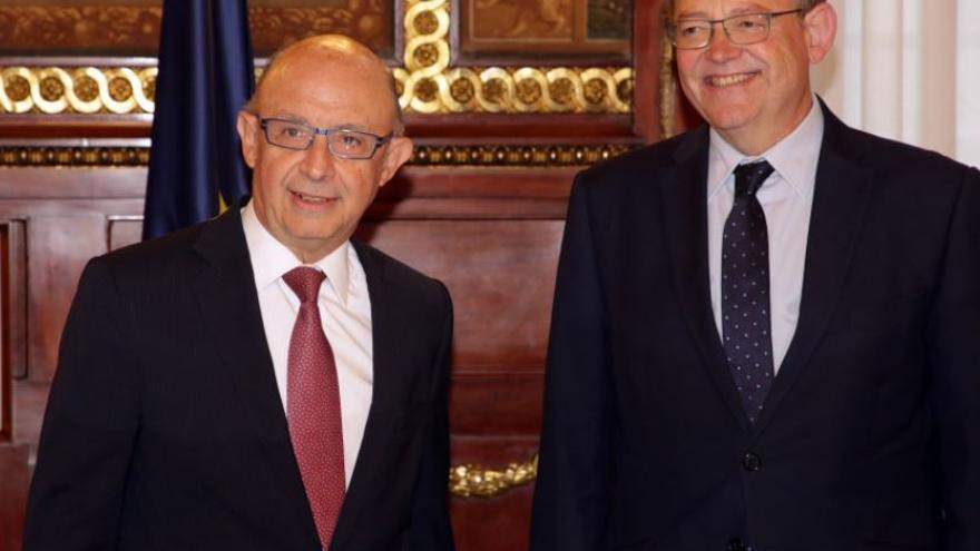 Ximo Puig se reúne con Cristóbal Montoro para abordar la implantación del nuevo modelo de financiación