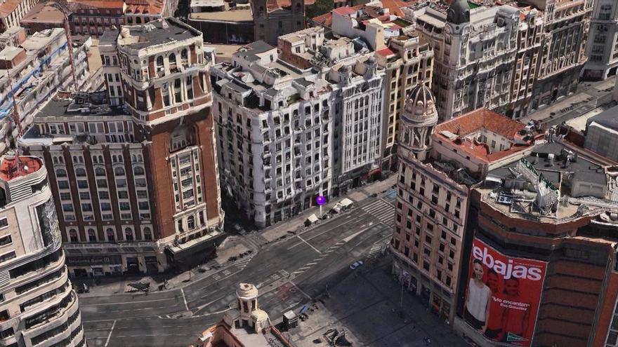 """Lugar de la Gran Vía de Madrid, en el centro de la ciudad, donde Esperanza Aguirre ha recibido el """"alto"""" de la Policía (Apple Maps)"""