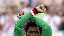 """El atleta etíope que hizo un gesto protesta en la meta: """"Si vuelvo a Etiopía, podrían matarme"""""""