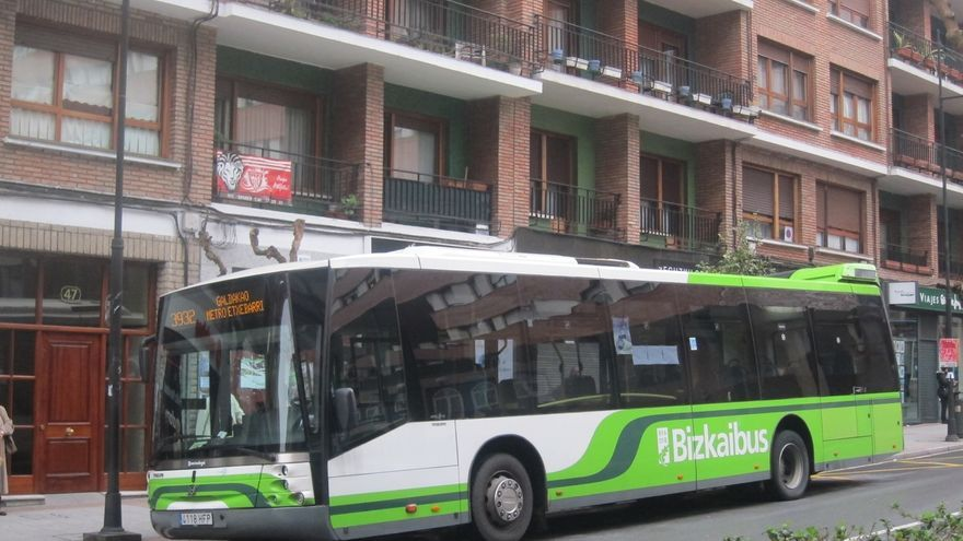 El juez ordena que la parada de la lanzadera de metro de Etxebarri vuelva a la calle Nerbioi a 700 metros de la estación