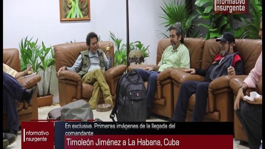 Las FARC divulgan en Twitter una foto de Timochenko reunido con sus negociadores