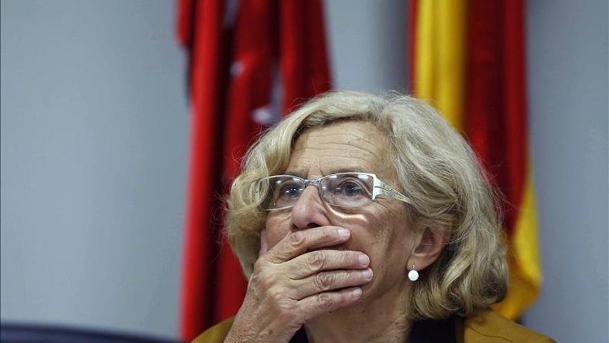 """Carmena apuesta, en el Día del Yoga, porque Madrid sea """"la ciudad del abrazo"""""""
