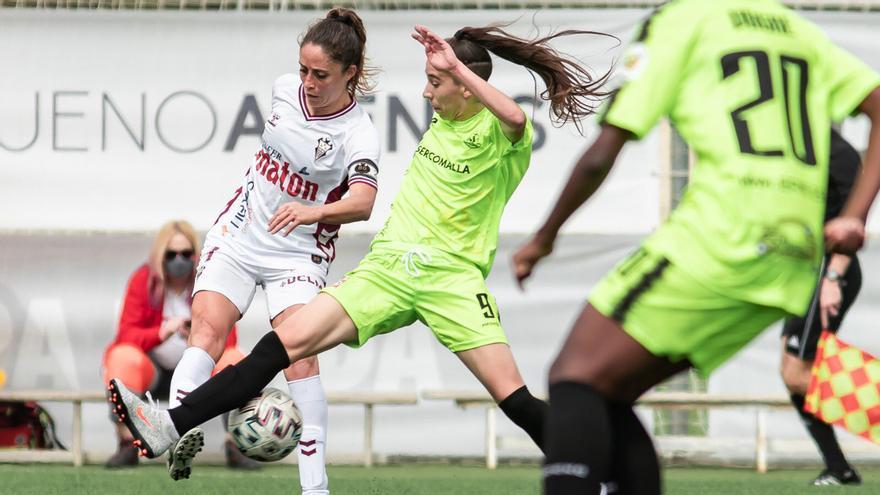 Lance del partido entre el Fundación Albacete y el Pozoalbense.