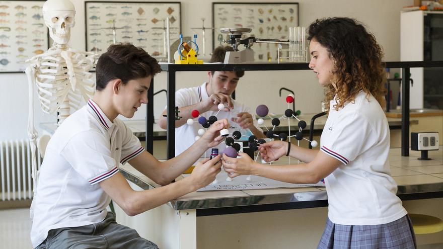 """Una escena de """"El Instituto"""", la serie documental sobre la vida en un centro madrileño que emitirá Movistar+."""