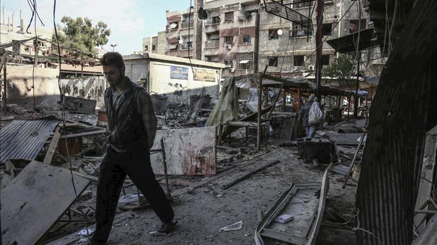 China insiste en buscar una solución política al conflicto sirio