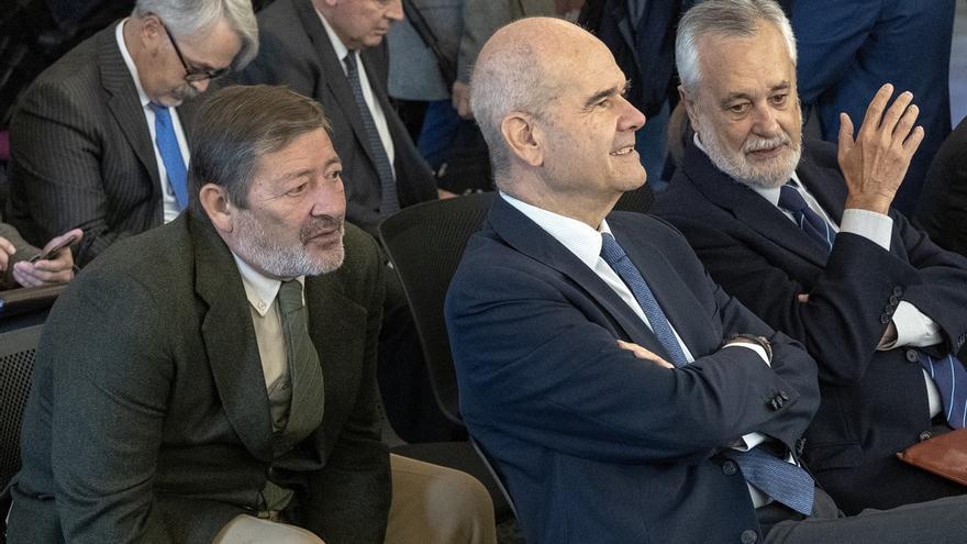 """Fiscalía ve """"inadecuado o fraudulento"""" el uso de las transferencias de financiación en los ERE"""