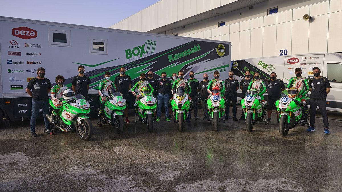 Equipo del Deza-Box 77 Racing Team