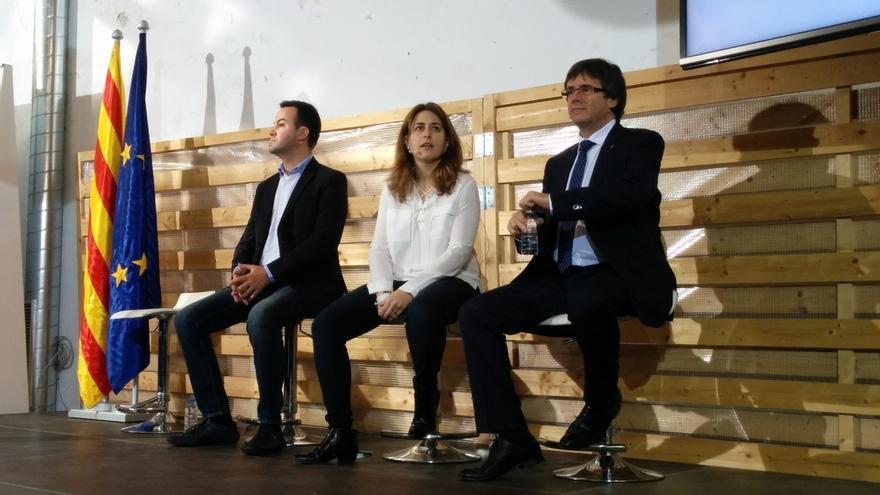 "Puigdemont asegura que el referéndum se celebrará en 2017 ""de manera indiscutible"""