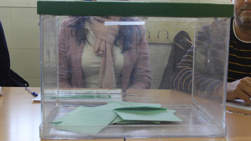 Normalidad en el inicio de la jornada electoral en Cantabria