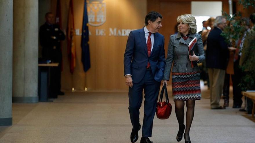 Ignacio González y Esperanza Aguirre, en la Asamblea de Madrid en octubre de 2013.