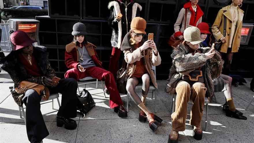 Marc Jacobs cierra la Semana de la Moda de Nueva York con un desfile en la calle