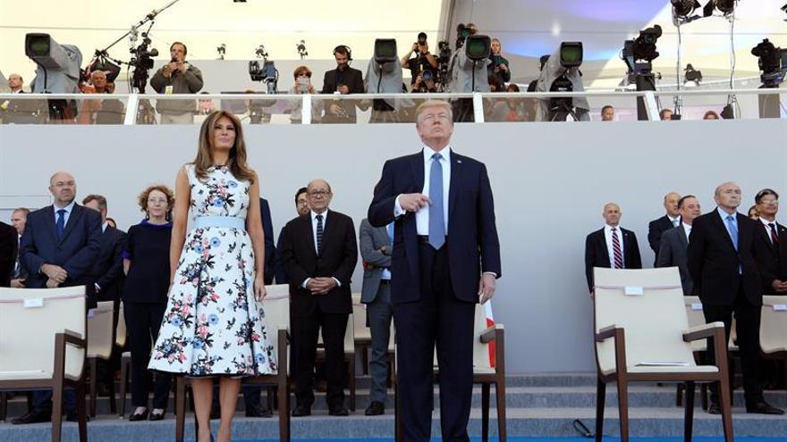 Trump y Macron escenifican gran complicidad en la Fiesta Nacional en París