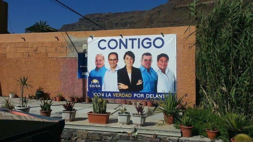 Una de las lonas electorales de Ciuca.
