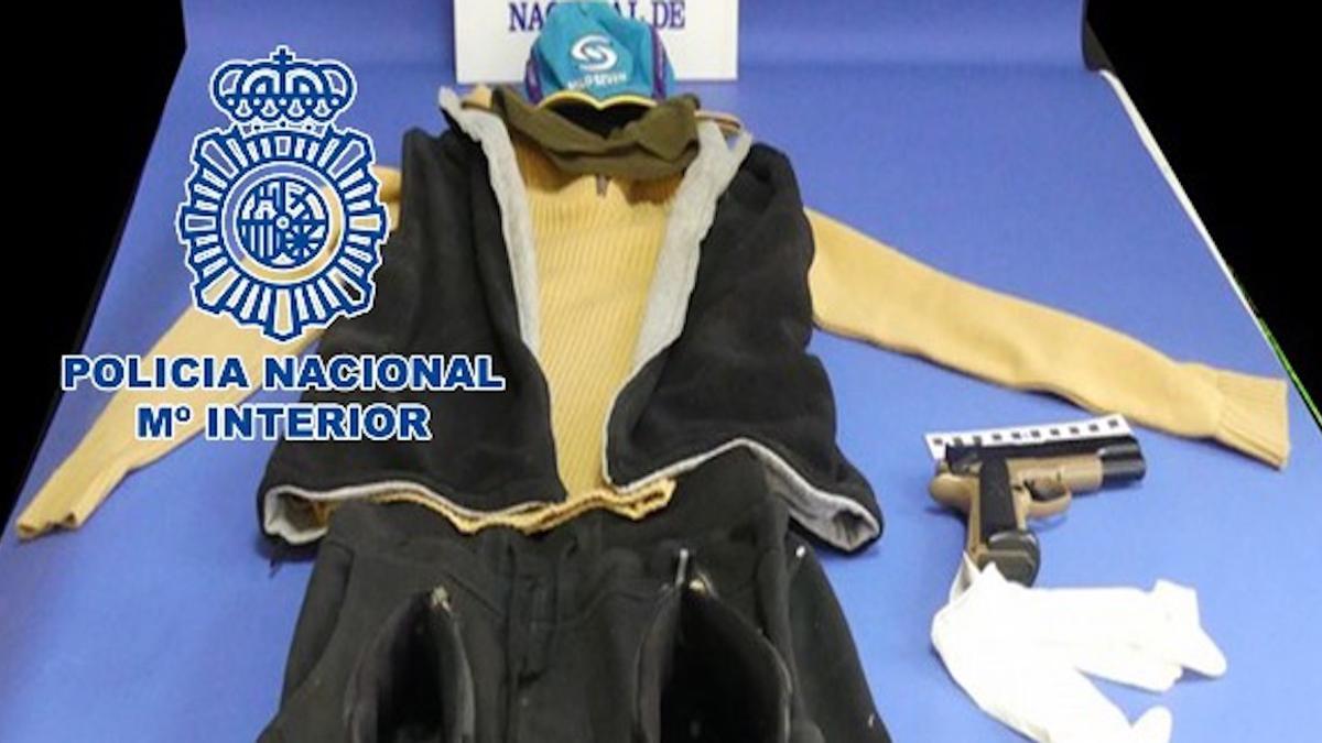 Indicios recabados por la Policía contra el atracador.