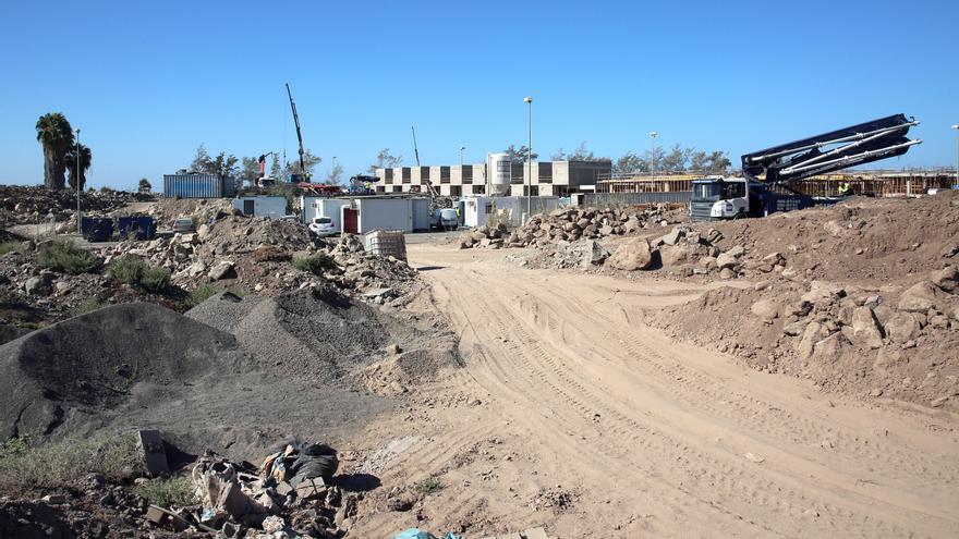 Zona donde se está construyendo el Resort Cordial Santa Águeda. (ALEJANDRO RAMOS)