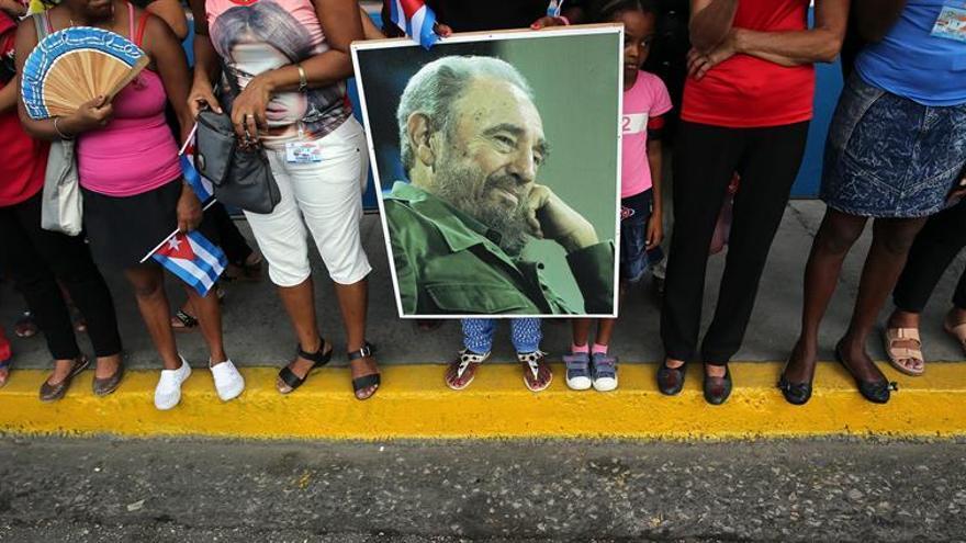La muerte de Fidel cierra un capítulo y divide las  opiniones de los milenials cubanos