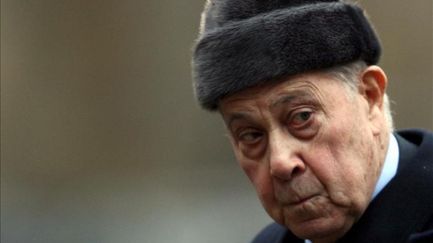 Condenado por corrupción el exministro francés Charles Pasqua