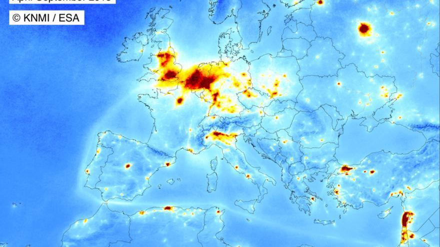 Concentraciones de dióxido de nitrógeno captadas por el satélite Tropomi de abril a septiembre de 2018.