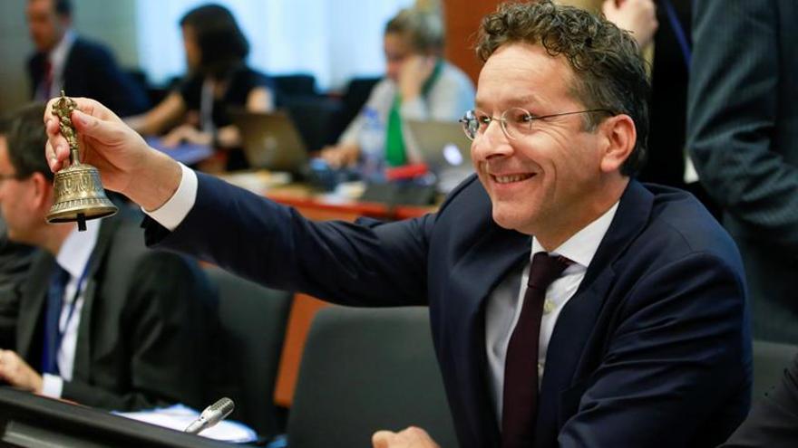 Dijsselbloem: el Eurogrupo es democrático pese a ser intergubernamental